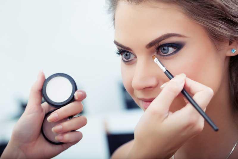 Make-up tricks #3 Oogschaduw aanbrengen tips! Door Joyce van Dam Hair & Make-up Artist