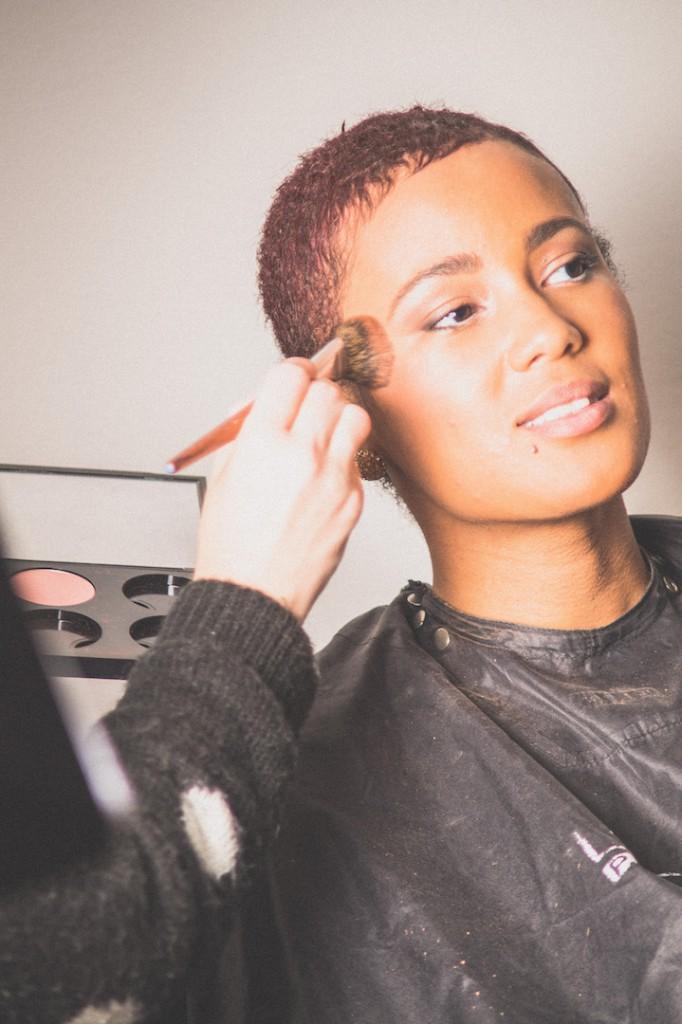 Make-up-voor-de-donkere-huid-TIJDENS-1-4
