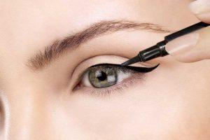 Eyeliner tips: Welke eyeliner kan je gebruiken | Door Joyce van Dam Hair & Make-up Artist