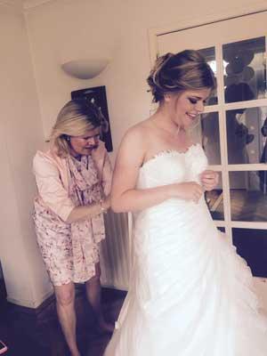 Nathalie Recensie Bruidskapsel & Bruidsmake-up door Joyce van Dam