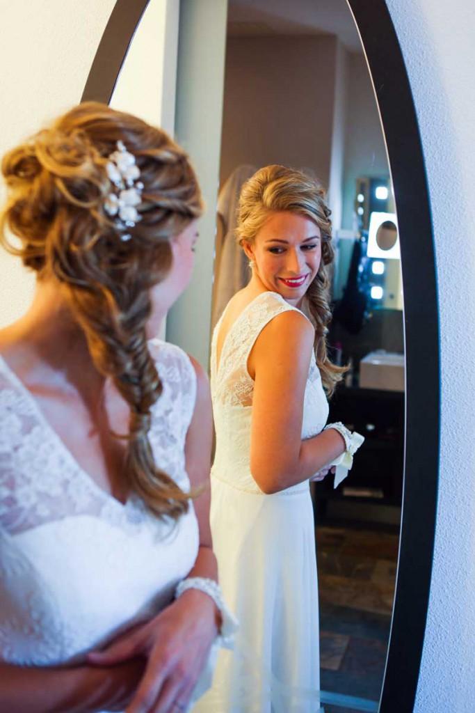 Bruidskapsel Amsterdam - Ga je trouwen en op zoek naar een bruidskapsel verzorgd aan huis? Ik ben je graag van dienst!
